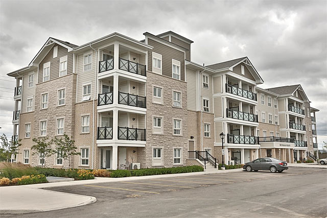 1005-1045 Nadalin Heights, Milton - Village Suites condominiums by Mattamy