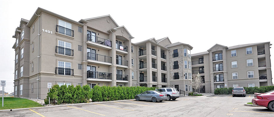 1471-1491 Maple Avenue, Milton - Maple Crossing Condominiums by Sutherland Development